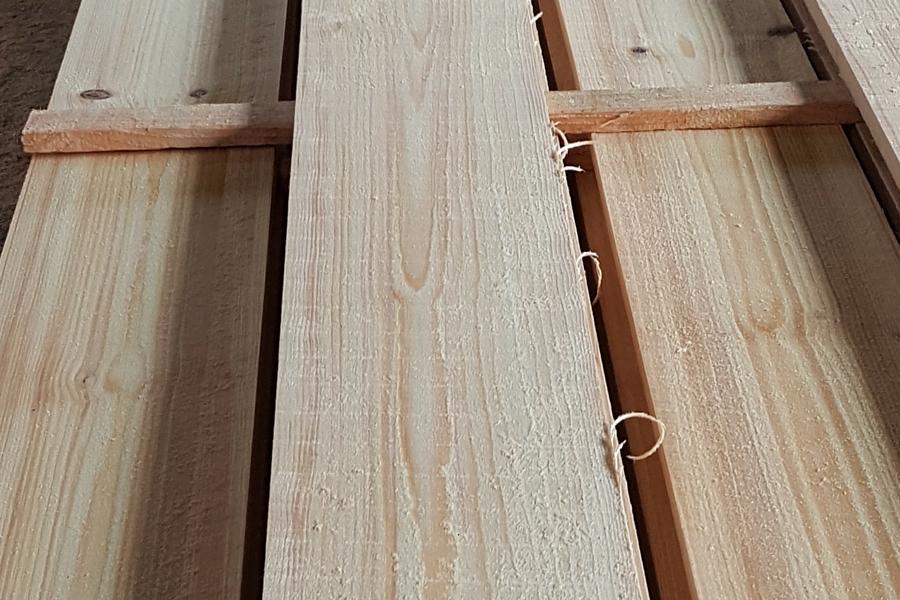 Kiefern Schnittholz
