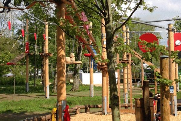 Klettergartenholz Hochseilgartenbau